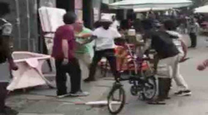 Torino, residente esasperato prende a sediate profughi spacciatori