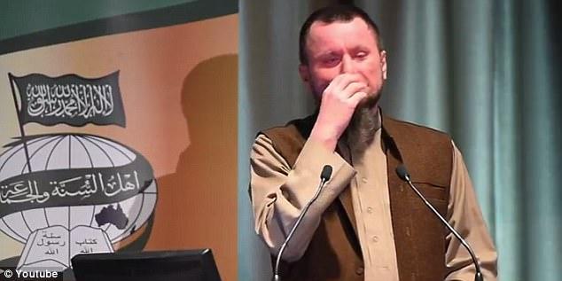 """Imam: """"Voi Cristiani puzzate"""" – VIDEO"""