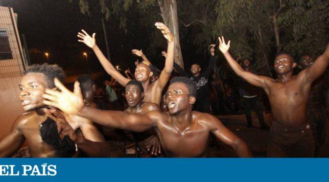 CENTINAIA AFRICANI ASSALTANO CITTADINA SPAGNOLA – VIDEO CHOC