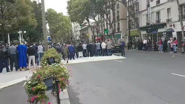 Ogni maledetto Venerdì, musulmani dilagano nelle strade – VIDEO