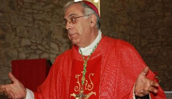 Soldi elemosine usati per pagare festini gay, Prete e Vescovo indagati