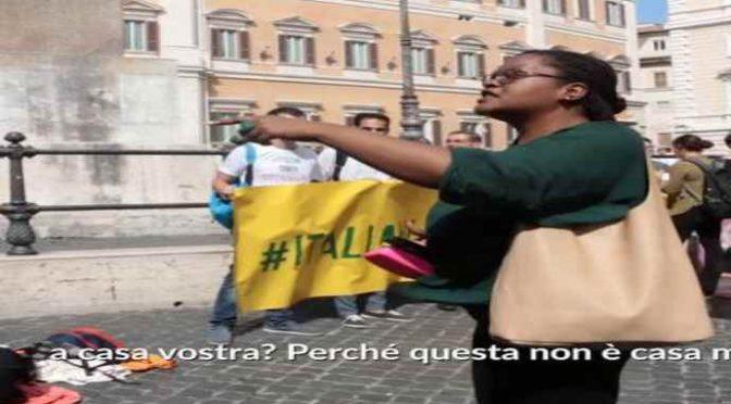 """Urlano """"Prima gli Italiani"""", scatta la furia dei migranti pro-ius soli – VIDEO"""