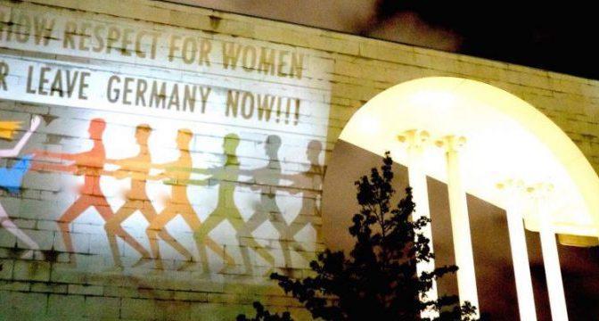 Germania: sarà boom per l'estrema destra anti-Merkel