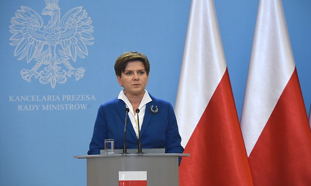 Polish Prime Minister Beata Szydlo speaks at a press conference after cabinet meeting in Warsaw, Poland, 24 November 2015. The new government first official meeting was focused on an amendment to the 2016 draft budget adopted by the previous government, security and fight against terrorism issues. PAP/RADEK PIETRUSZKA POLAND OUT