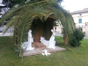 Vasto. Mutilata statua Madonna