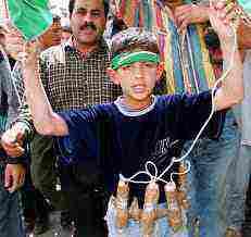 Sindaco Londra: 'Figli islamici potenziali terroristi, togliamoli ai genitori'