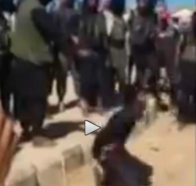 Siria: estremisti islamici 'giustiziano' un uomo perché non è un 'buon' islamico – NUOVO VIDEO VERGOGNA