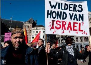 Olanda: la manifestazione anti-Wilders si trasforma in 'caccia all'ebreo'