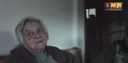 Anziana cristiana terrorizzata da islamici, irrompono in casa – VIDEO