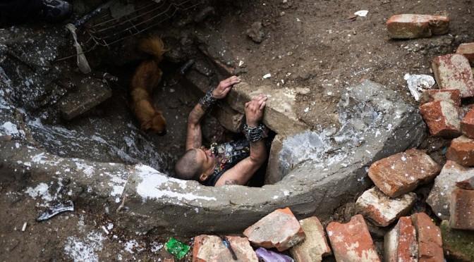 Romania: le fogne abitate di Bucarest – FOTO SHOCK
