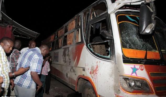 Attentati contro turisti in Kenia: decine di morti