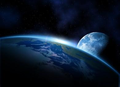 Russia colonizzerà la Luna dal 2030: senza collaborare con Usa o Ue