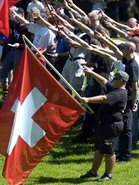 Svizzera, tribunale 'legalizza' il saluto romano