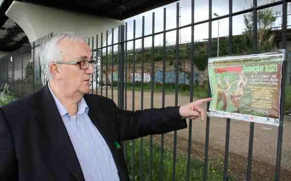 Roma: immigrati occupano struttura, arriva Marino? No, Borghezio!