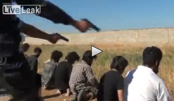 Inginocchiati e giustiziati, ennesima strage islamica in Siria – VIDEO
