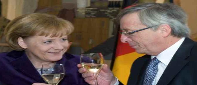 """Juncker: """"Italia minaccia l'Euro"""""""