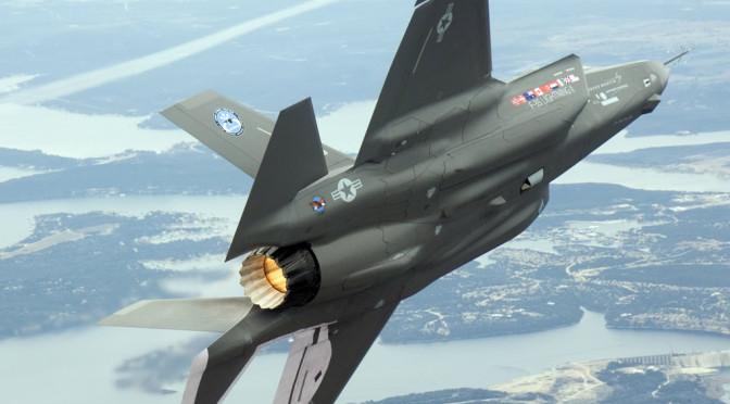 Caccia NATO 'disturbano' aereo ministro difesa russo