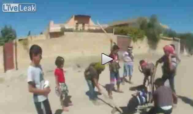 ISIS addestra 'bambini' ad uccidere, poi li spedisce in Europa come 'profughi' – VIDEO