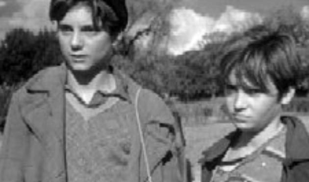 Adotta un clandestino: ma è record di bambini italiani senza cibo