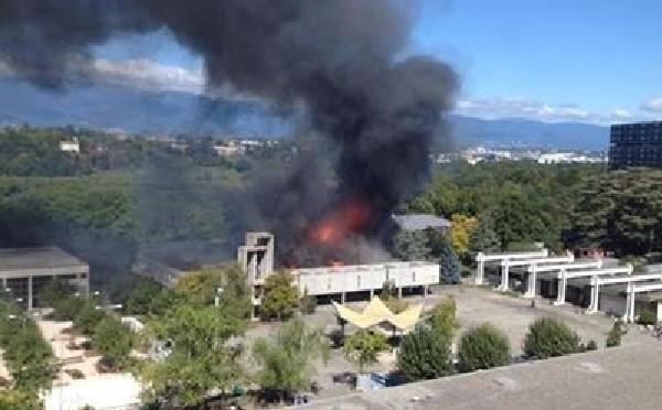 Ragazzini islamici bruciano una chiesa: silenzio sui media…