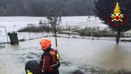Piove: auto travolte, morti 2 anziani