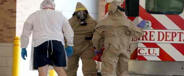 Ebola in Gran Bretagna: disperata ricerca centinaia passeggeri