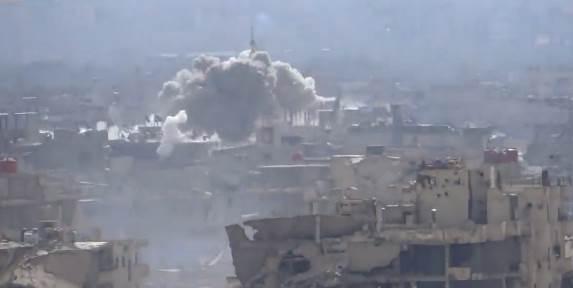 Islamici lanciano missile, ma colpiscono moschea – VIDEO