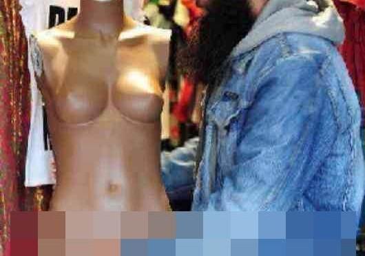 """""""Membri"""" di Isis malati di sesso anormale: spendono tutto in viagra e biancheria"""