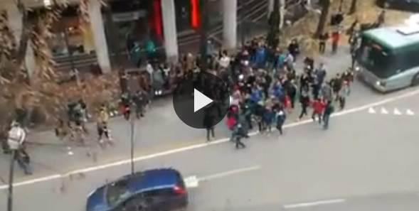 Treviso: 'giovani' tentano linciaggio autista – VIDEO CHOC