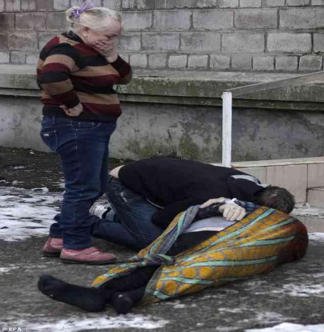 FILORUSSI UCCISI DA EURO-UCRAINI A POCHE ORE DALLA TREGUA – FOTO