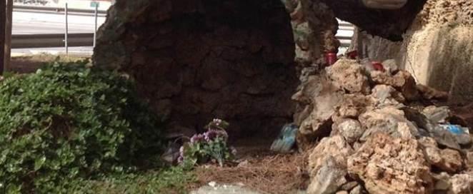Dopo le scritte 'morte ai cristiani': vandalizzata statua della Madonna nell'isola degli sbarchi – VIDEO – FOTO