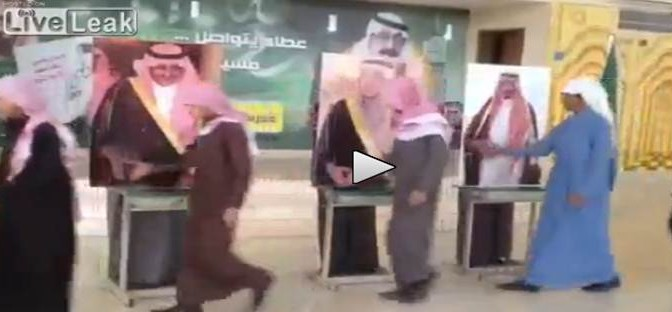 Abdulaziz Al Saud come Renzi: mancia ai sudditi