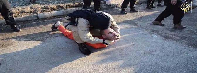 ISIS fa 'auguri' per il nuovo anno curdo: decapitando 3 curdi – VIDEO CHOC
