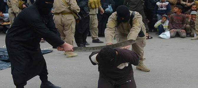 Nuova esecuzione islamica: ISIS decapita 'banditi' – FOTO