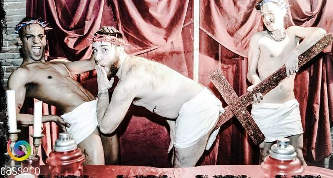 PD finanzia (con i vostri soldi) la mostra blasfema del circolino gay – FOTO
