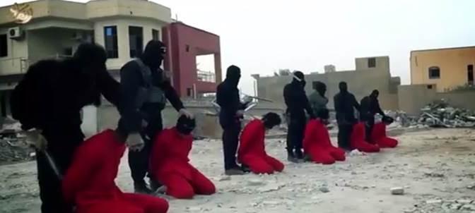 ISIS sgozza piloti 'crociati' catturati – VIDEO CHOC