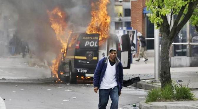 Baltimora: continua violenza afro, città sotto assedio