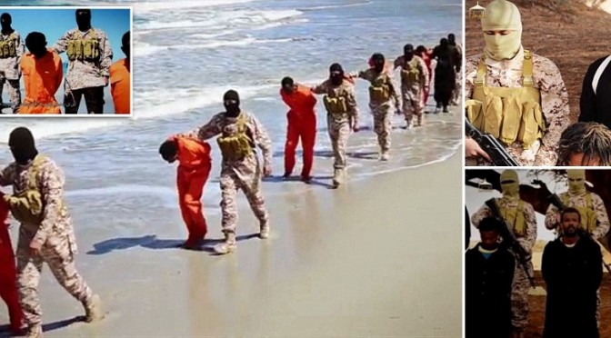 """ISIS DECAPITA 50 CRISTIANI: """"QUESTO PER CHI NON SI CONVERTE"""""""