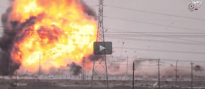 """""""Guardate come mi faccio esplodere"""": islamico si registra con autocisterna bomba – VIDEO"""