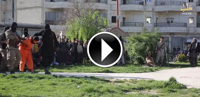 FOLLA ESTASIATA MENTRE ISIS 'GIUSTIZIA' PRESUNTA SPIA – VIDEO