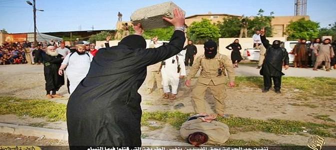 ISIS 'giustizia' uomo con blocco di cemento – FOTO CHOC
