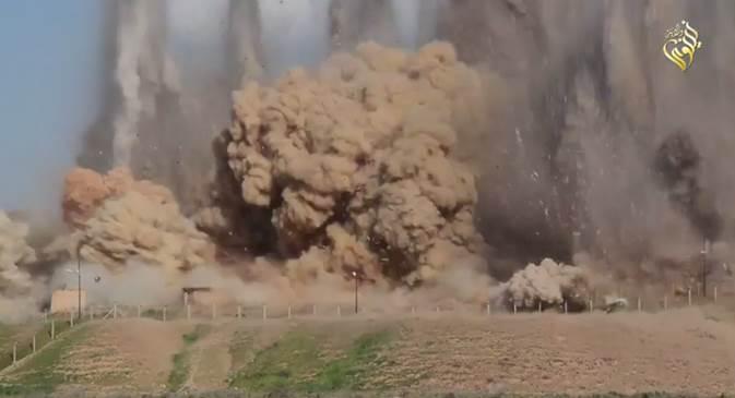 FURIA ISLAMICA: ISIS distrugge antichi templi assiri – VIDEO CHOC