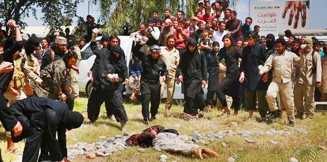 Sanguinosa lapidazione islamica: ISIS giustizia 3 gay