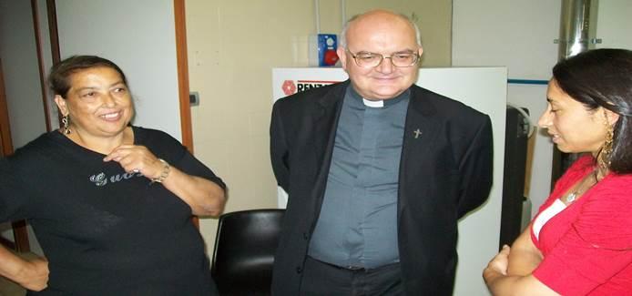 """Vescovo: """"Non enfatizzare strage islamica su barcone"""""""