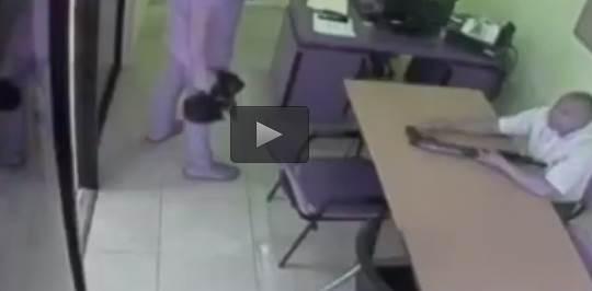 Suicidio in diretta – VIDEO CHOC