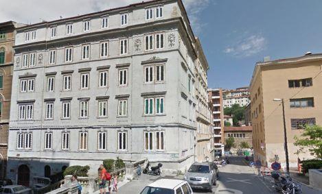 Trieste: Governo affitta intero stabile di lusso per ospitare africani