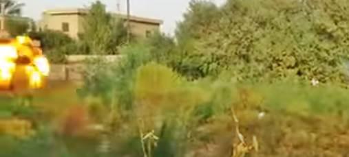 ISIS 'giustizia' prigioniero usando bazooka – VIDEO
