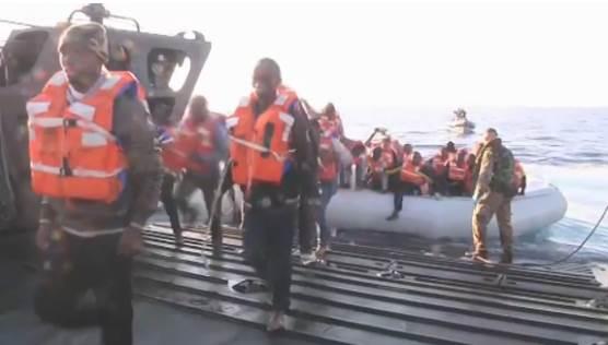 INVASIONE: 14 BARCONI VERSO ITALIA, MARINE UE VANNO A PRENDERLI