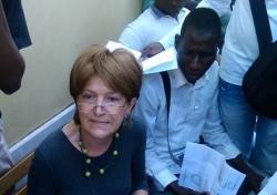 Pordenone: la fanatica che vuole trasformare i clandestini in 'profughi'