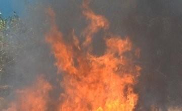Roma: prende fuoco palazzo occupato da Rom e migranti a Tor Sapienza…